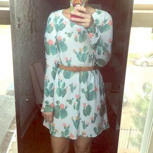 Dresses & Skirts - Cactus Print Shift Dress NWT-! last chance